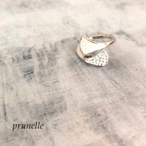 グルーデコで作ったプレゼントの指輪
